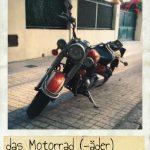 Motorrad, das. Ein großes Yamaha auf der Straße
