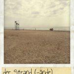 Strand, der. Ein Strand am Mittelmeer