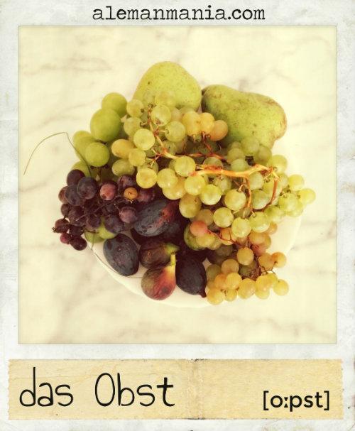 Das Obst. Ein Teller mit frischem Obst / Un plato de fruta fresca